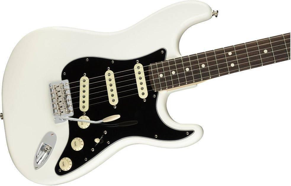 Guitarra Fender American Performer Stratocaster