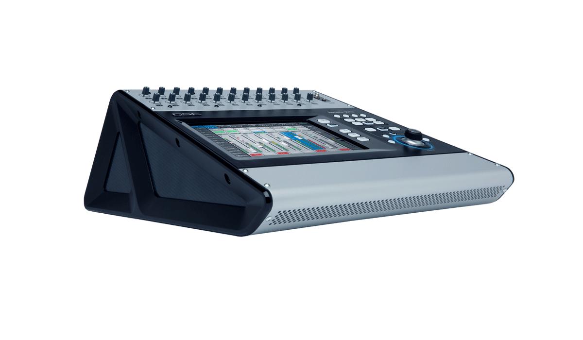 Mezcladora Digital QSC Touchmix 30