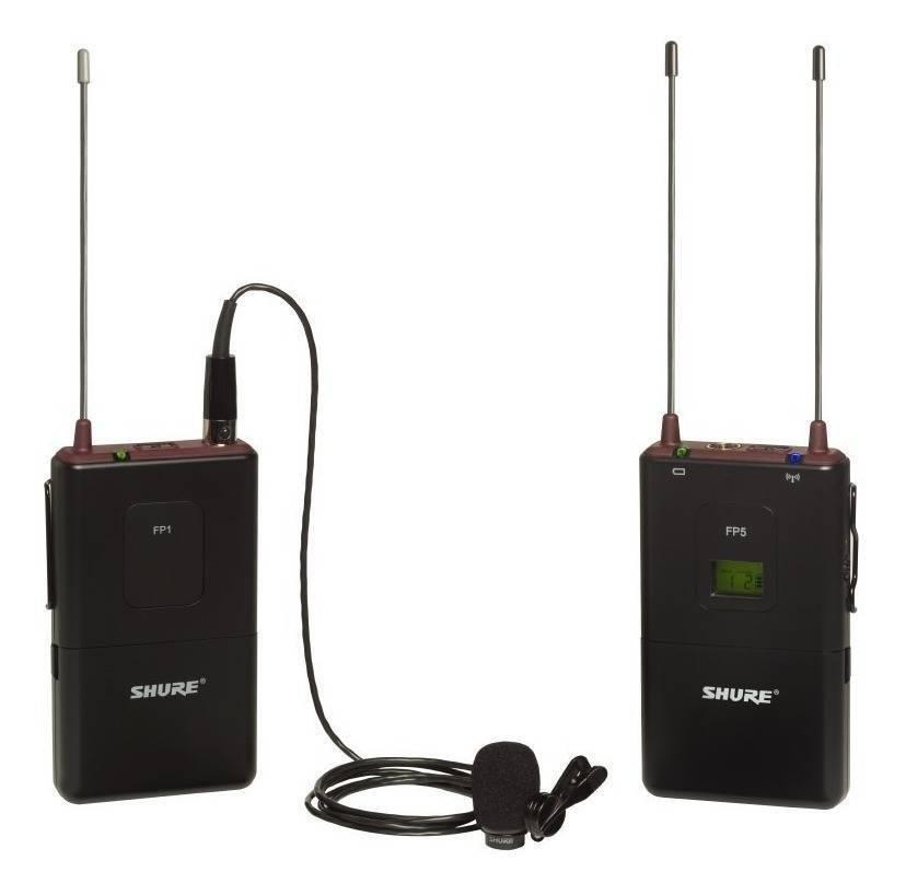 Con receptor portátil FP5, bodypack FP1 y micrófono omnidireccional WL183.