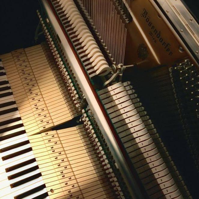 Piano Vertical Bosendorfer Grand Upright 130