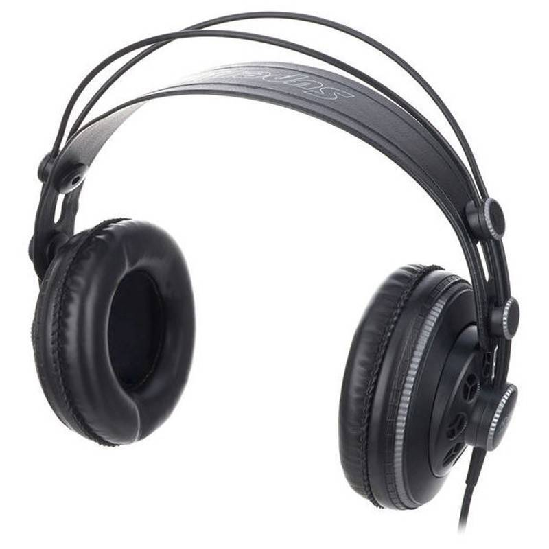 HD681BAudifonos Profesionales Con Powerful Bass