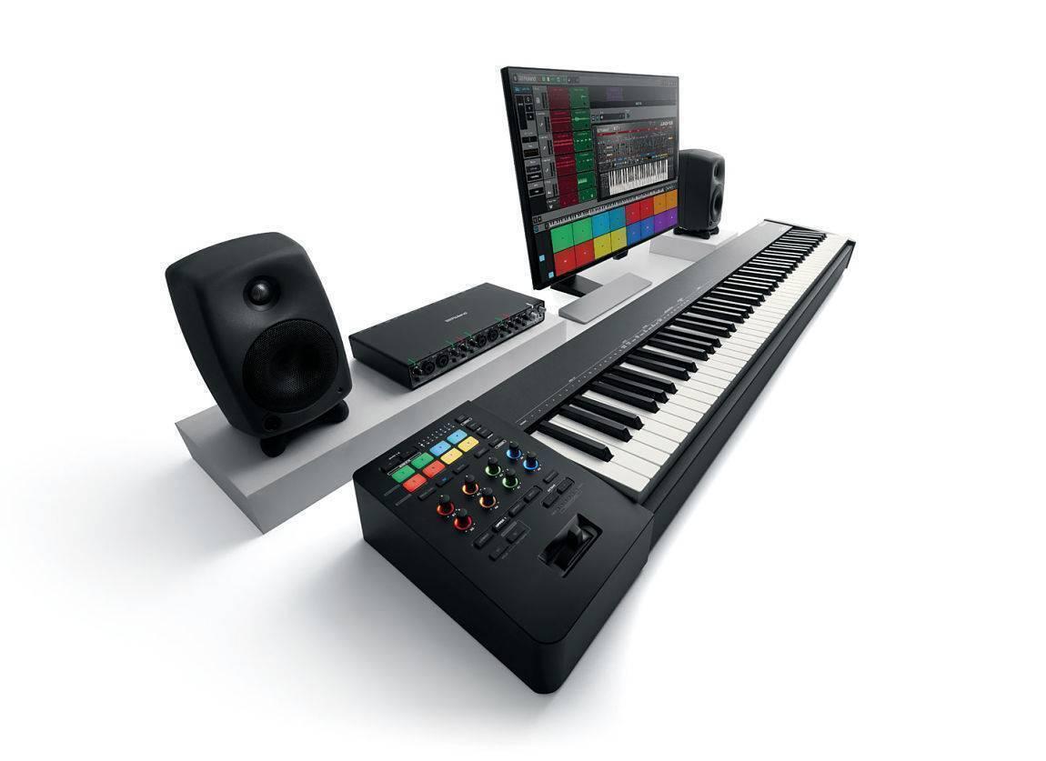 Controlador USB MIDI Profesional Roland A-88MKII