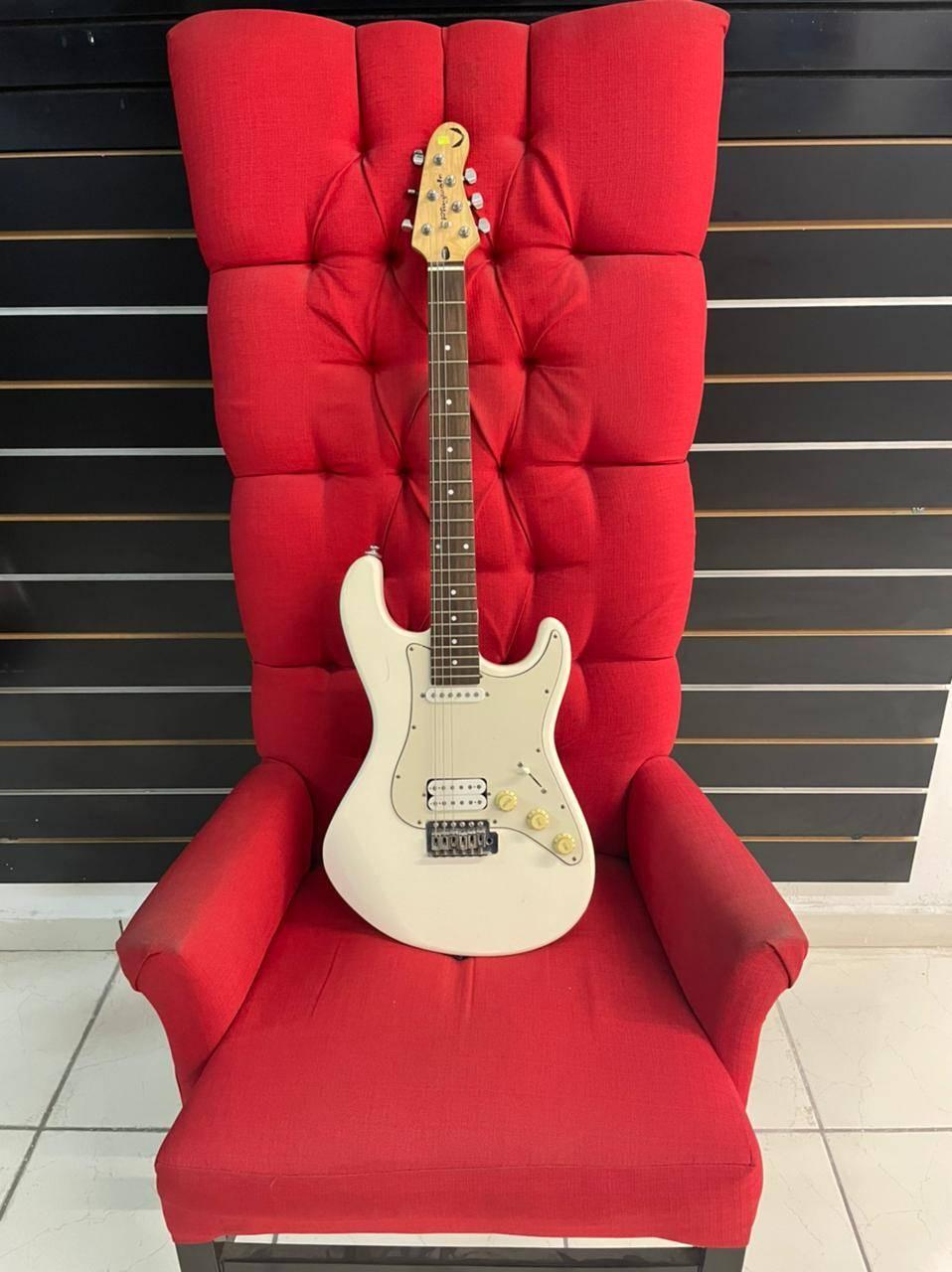 Guitarra Eléctrica Dean playmate Coror wh