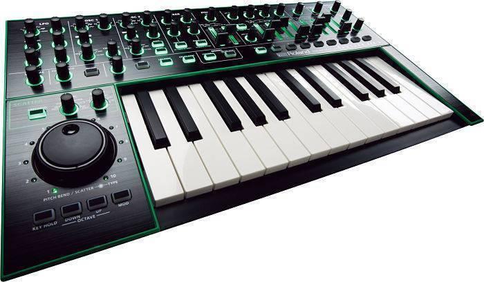 System-1 Roland Aira Sintetizador