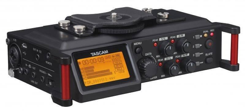 Grabadora Portatil Tascam DR-70D