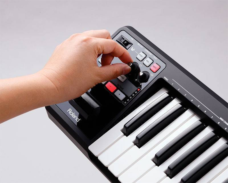 Controlador Roland A-49 MIDI y USB