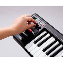 Roland A-49 MIDI y USB